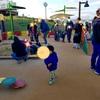 子どもが安心して遊べる場所【伊丹スカイパーク 乳幼児用遊具エリア】2歳児に飛行機を見せて喜ぶかな?