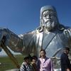 モンゴル旅行 2日目 まずはシルバーチンギスハーン騎馬像