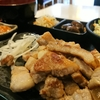 普通の居酒屋&定食屋テイストそのまんまの韓国料理店【新大久保グルメ】