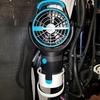車中泊の暑さ対策:カップホルダーファン