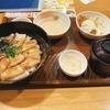 【ガスト】期間限定のご当地グルメ『帯広風豚丼と蟹爪クリームコロッケの和膳』