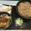 マル得セット  水曜日は、ミニ海老天丼。クーポン使って海老天追加。大盛券買って、そば大盛にする。 (@ ゆで太郎 in 豊島区, 東京都)