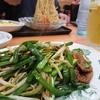 日高屋にてレバニラ炒めとダブル餃子定食越しの冷やし中華
