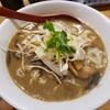 【煮干麺 月と鼈(つきとすっぽん) @新橋】ほろ苦煮干しの味が美味しい【濃厚煮干そば】