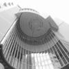 大阪西梅田界隈。OLYMPUS Tough TG-5+ロワジャパン0.7倍ワイコンでモノクロ写真。