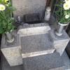 遺骨を埋葬しない散骨とは?気になる情報と家族への注意点!
