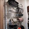 クローゼットのデットスペース活用法|アイリスオーヤマと100均商品で作る壁面収納