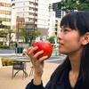 【りんごは何にも】赤いりんごに唇寄せて〜【言わないけれど】