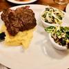 予約のできるステーキ屋さん Harper House Restaurant でディナーを楽しみました。