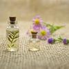 Aromatherapy : Beautiful Holistic Remedies アロマテラピー 魅力的なホリスティックレメディース