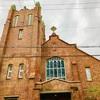 神秘の世界 花咲くステンドグラスとパイプオルガン   外国人居留地跡に佇む川口基督教会