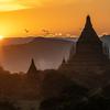 ミャンマー:シュエサンドーパゴダ