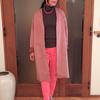 ラフに着るノーカラーコートは同系色コーデでインパクトを
