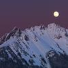 6月の「満月写経の会」は6月28日です。慈雲寺の写経は「ゆったりと自分の気持ちに向き合う」体験の場です。