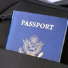 1歳でパスポート取得、写真の撮り方に苦戦