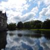 川の中にたたずむ姿が美しい『アゼ=ル=リドー城』でも…