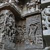 南インド、ホイサラ朝建築の傑作!ホイサレーシュワラ寺院とチェナケーシャヴァ寺院