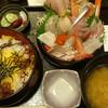 直江津「軍ちゃん」 海鮮丼を喰らう