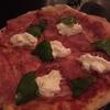 ジャカルタの本格イタリアン GIA。モッツァレラチーズと生ハムがお勧め。 ピザは抜群の焼き具合!!