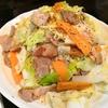 【1食53円】自家製ロースハムとキャベツの黒胡椒炒めの簡単レシピ