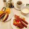 プラハ滞在、ホテルの朝食。