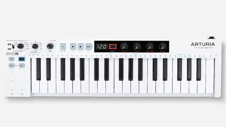 ARTURIA、シーケンサー/アルペジエイター/コード機能内蔵のスリム37鍵キーボード、KeyStep 37をリリース
