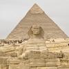 エジプト ギザ  カフラー王の「大スフィンクス」 観光、長い前足 可愛いお尻 にちょっと感動です