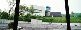 アートと建築が繋がる広大な空間「四方当代美術館」【南京観光】