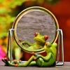 赤ちゃんが鏡を見て笑う理由と鏡を見せていいのかダメなのか。