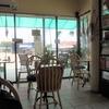 バンペー埠頭でバス待ち時間に暑さを凌げる素敵なカフェ:Coffee TODAY ラヨーン:タイ