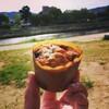 鴨川で朝食