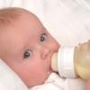 赤子がおっぱいを拒否しミルクを欲する時があり、地味に傷つく(産後6ヶ月)