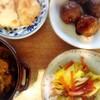 鯖カレー、野菜炒め、鮪、肉団子