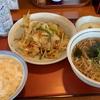 【山田うどん食堂 小平店】山田うどん食堂で野菜炒め定食