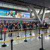 海外で飛行機が欠航!代替便の手配から帰国後の処理まで対処方法をまとめます。