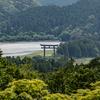 和歌山県の絶景スポット。熊野古道のちょっとよりみち展望台から日本最大の熊野本宮大社の大鳥居を見おろす絶景。