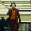 『映画』なぜ心優しいアーサーがバットマンのヴィランと知られるジョーカーへと変わってしまったのか!?衝撃の誕生秘話が映画化!