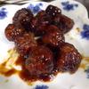 幸運な病のレシピ( 1868 )朝:甘酢肉団子(餃子の余り餡)、カレー手羽先揚げ、鮭、ハタハタ一夜干し、味噌汁、マユのご飯