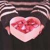 チョコレートは本当に恋の媚薬なのか
