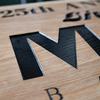 【木彫り看板】塗る前・塗った後をくらべてみました〜
