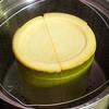 育ちすぎたタケノコを器にして蒸し料理を作ってみた