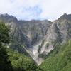 スニーカーで行ける!絶景の一ノ倉沢ハイキングコース【群馬・みなかみ町】