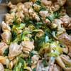 葉玉ねぎと鶏の甘酢炒め