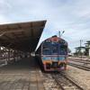 スラタニーからバンコクは9時間かけての列車の旅