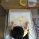 【家庭で作れる】口に入っても安全な小麦粉絵の具を作ってみました | 小さな子どもでも楽しめる絵の具です