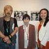 大泉淵さん(大泉黒石の四女)がお孫さんの亜紀子さんと一緒に日芸を訪れた