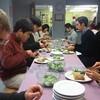 ハスフルトのシュタイナー学校での昼食.           Aufführung in Hassfult