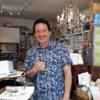 """ハワイに来たらぜひ行ってほしいステーショナリーのお店""""SOUTH SHORE PAPERIE""""のカードで感謝の気持ちを伝えたいと思う。"""