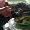 インドネシア旅行記 【バリ編】 クタビーチでローカルごはん のっけご飯の『ナシ・チャンプル』