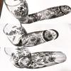 デュオ神戸に向けてウオールスティッカー③硝子の花瓶